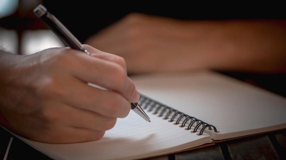 Cambaz nasıl yazılır? TDK güncel yazım kılavuzuna göre cambaz mı, canbaz mı?