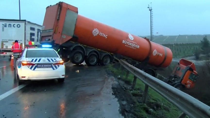 TEM'de trafik kazası! Edirne istikameti kapandı