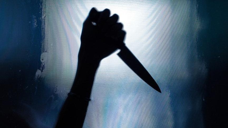 Yine bir kadın cinayeti: 15 yerinden bıçaklanarak öldürüldü