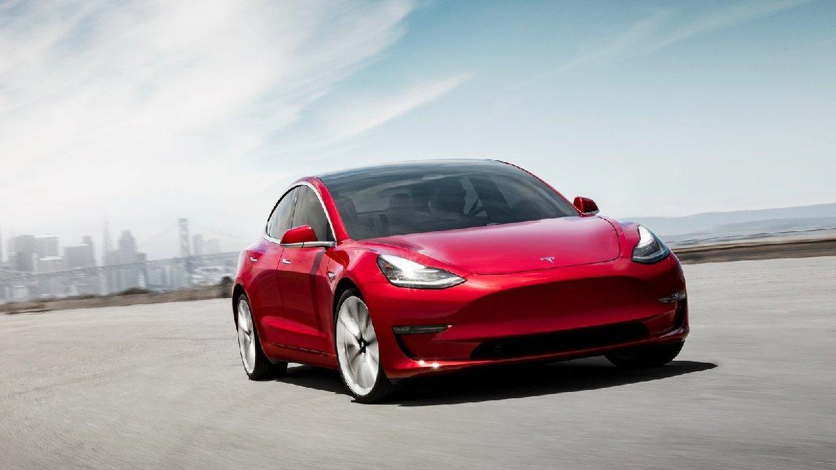 Tesla Almanya'da hangi modellerini üretecek!