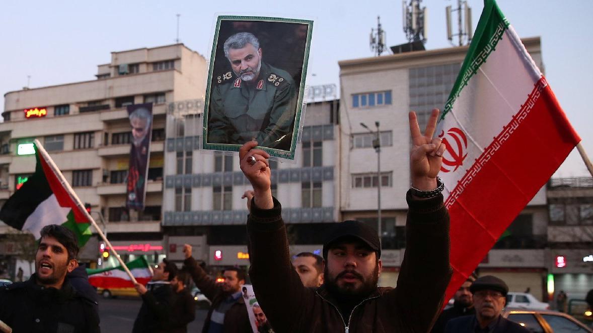 İran'ın ABD'ye yaptığı misillemeyi sevinçle karşıladılar