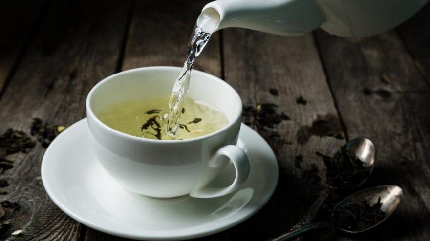 Beyaz çayın faydaları nelerdir? Beyaz çay neye iyi geliyor?