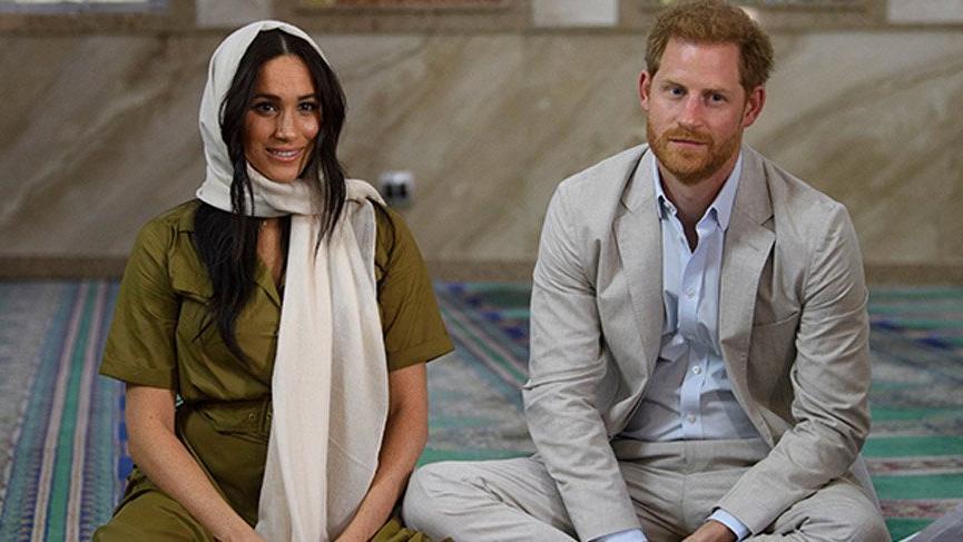 İngiliz Prensi Harry ve eşi Meghan kraliyet ailesinden çekildi!