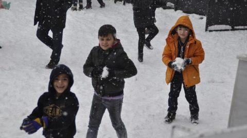 Okullar tatil mi? Kar sebebiyle nerelerde okullar tatil edildi?