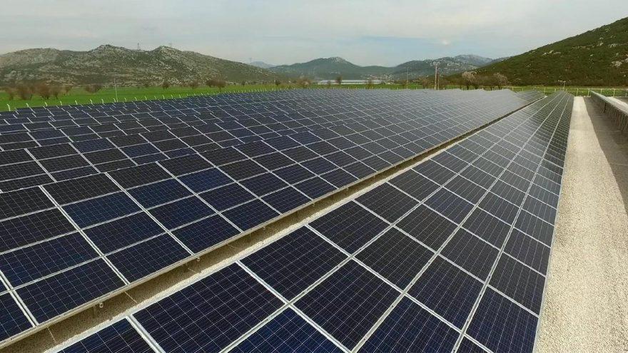 Güneş enerji santrali ile 9 bin 46 çiftçiye enerji desteği