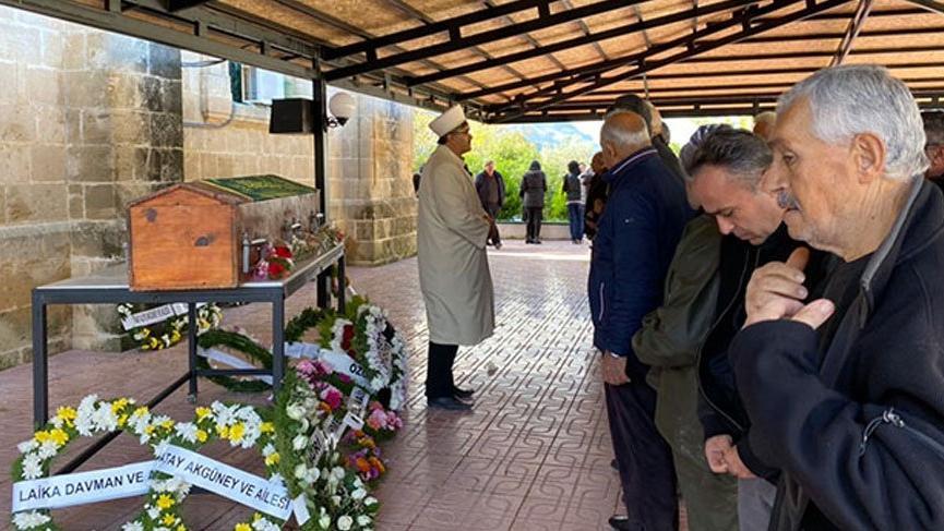 KKTC'de cenazeler karıştı! Türk bakanın dayısı İngiliz mezarlığına defnedildi