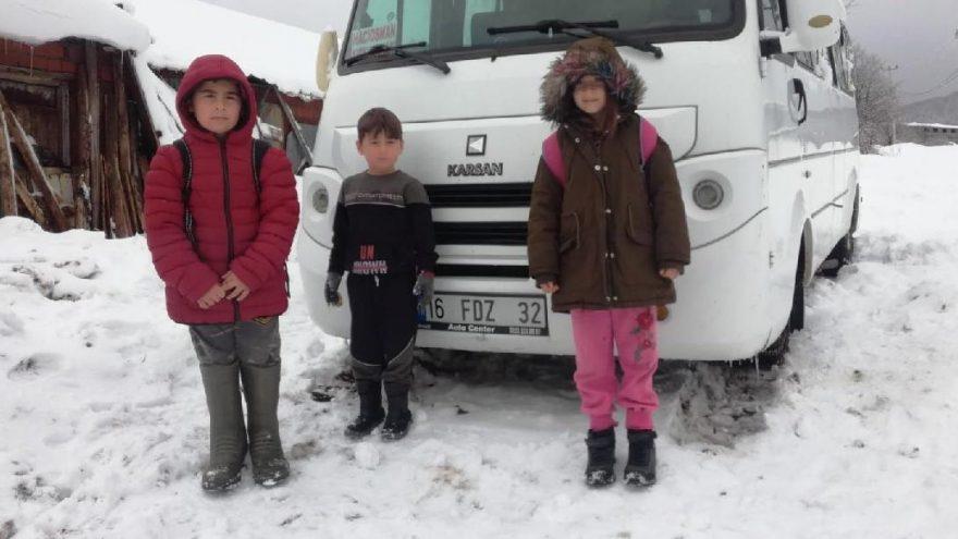 Kar nedeni ile 4 gündür okullarına gidemiyorlar