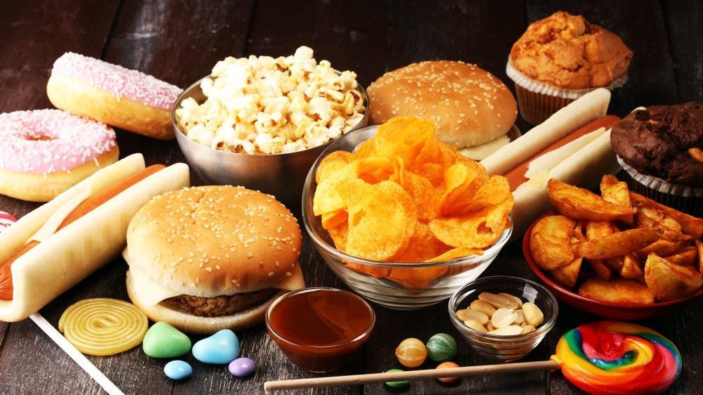 Siyah nokta ve sivilceye neden olan yiyecekler nelerdir?