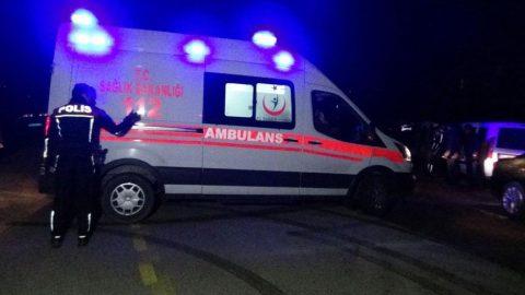 13 ayrı suçtan aranan şahıs polisle çatıştı: 3 kişi yaralandı!