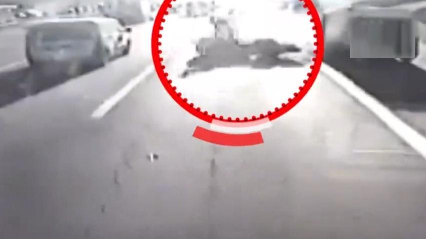 TEM'de feci kaza: İki ölü