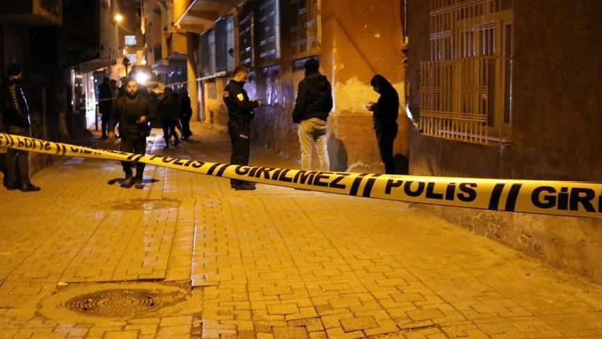 Diyarbakır'da iki grup arasında silahlı çatışma!