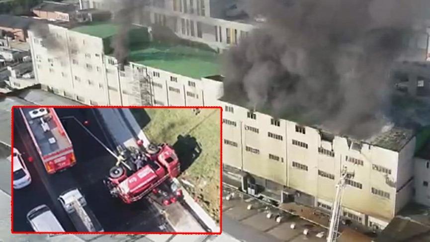 İstanbul'da yangın! İtfaiye aracı devrildi