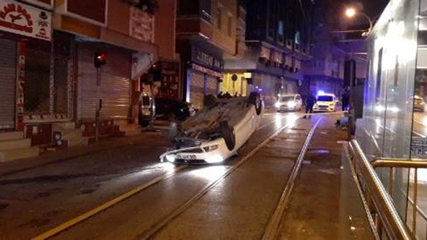 Polisin 'dur' ihtarına uymayan ehliyetsiz sürücü kaza yaptı