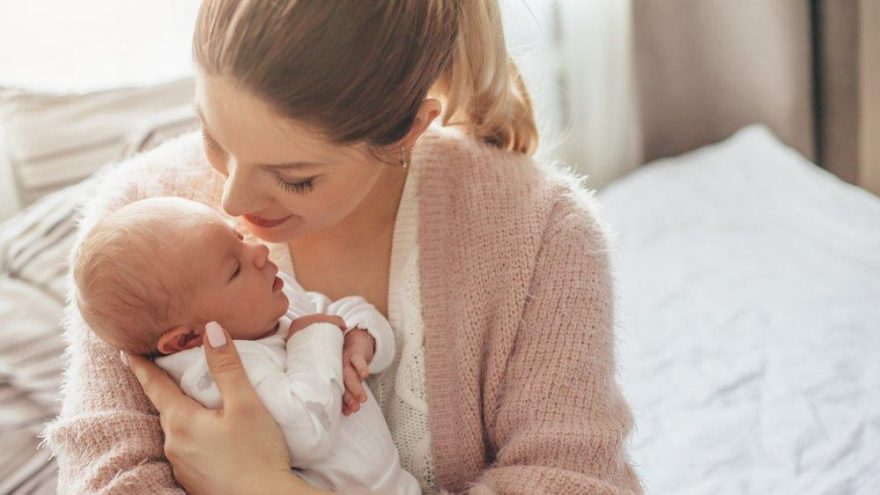Bebeklerde damak düşmesi nedir? Belirtileri ve tedavisi…