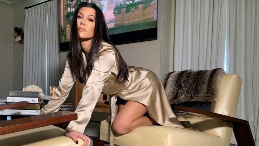 Kourtney Kardashian Instagram'da 'Ermeni Baklavası' diye paylaşım yapınca, Türkler ayaklandı