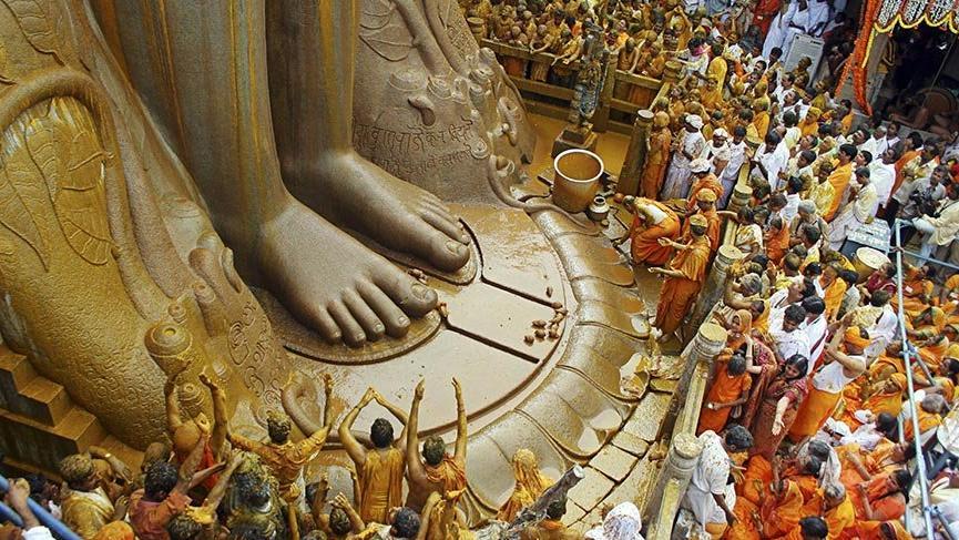 Hindistan'ın tarih kokan kenti Shravanabelagola