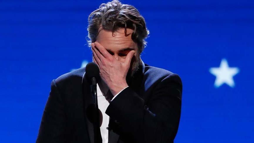 Joker'i canlandıran Joaquin Phoenix, abisinin ölümü hakkında konuştu