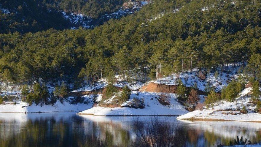 Tahtalı Göleti'nin havadan çekilen fotoğrafları ilgi görüyor