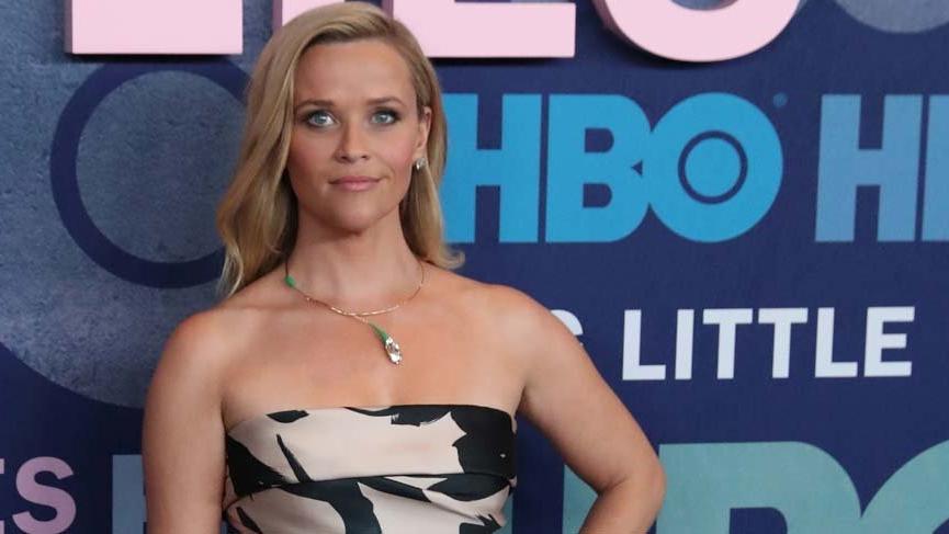 """Reese Witherspoon, yıllar önce kendisine """"İticisin, seksi giyinmelisin"""" dendiğini söyledi"""