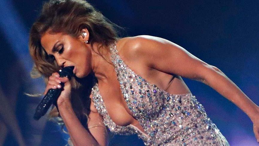 Jennifer Lopez Sadakatsiz filmini kabul etmediği için topuklarına sıkmak istiyor