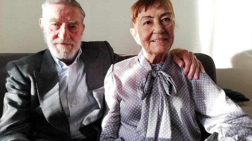 Ahmet Mekin, hastanede tedavi gören eşinin yanından ayrılmıyor