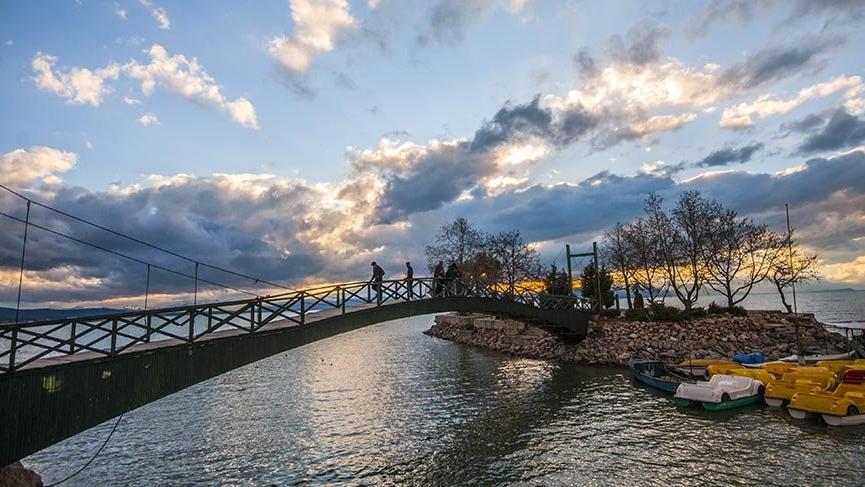 Doyumsuz güzellikleriyle Beyşehir Gölü