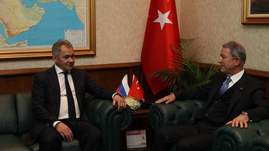 Şoygu ve Akar arasında Suriye ile Libya görüşmesi!