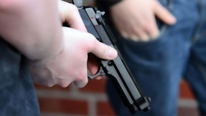 Park kavgasında silahlar çekildi! Çok sayıda yaralı var