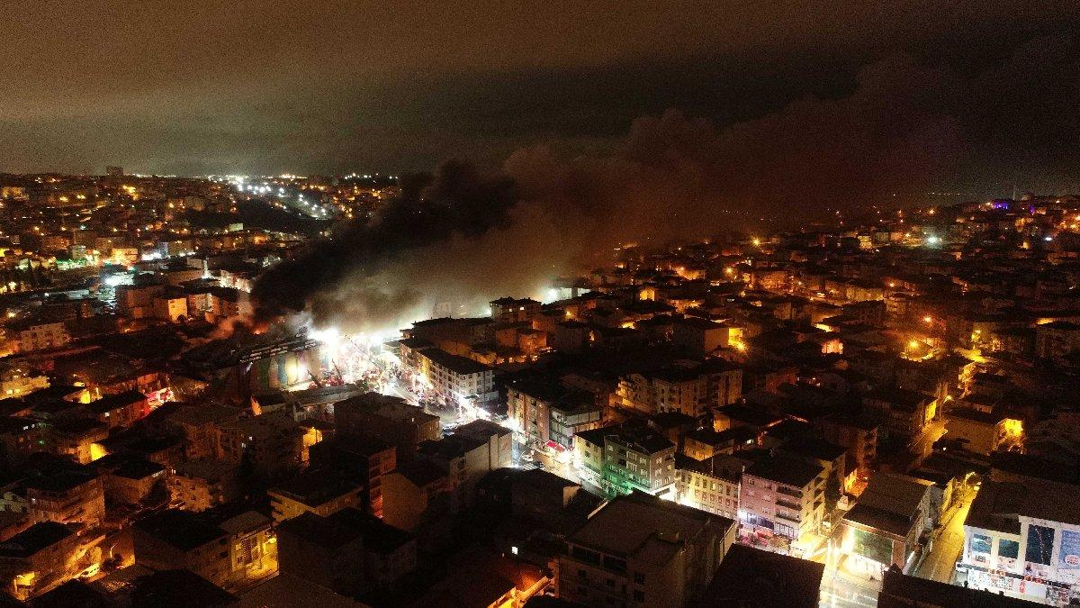 AVM yangını dört saatte söndürüldü