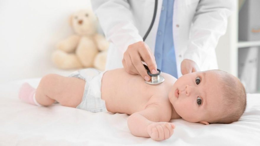 Bebeklerde doğuştan kalp deliği nedir? Belirtileri ve tedavisi…