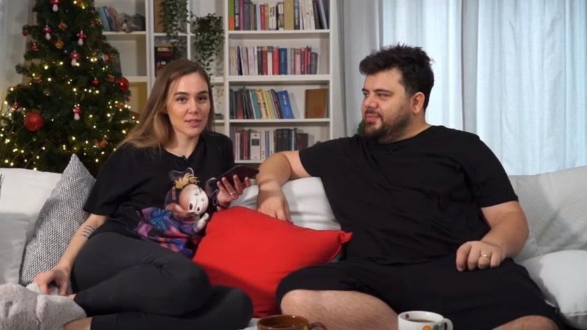 Eser Yenenler eşi ile nasıl tanıştığını anlattı: Bana DM'den yürüdü