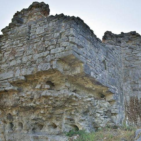 Bizans döneminin izlerini taşıyan Harmantepe Kalesi