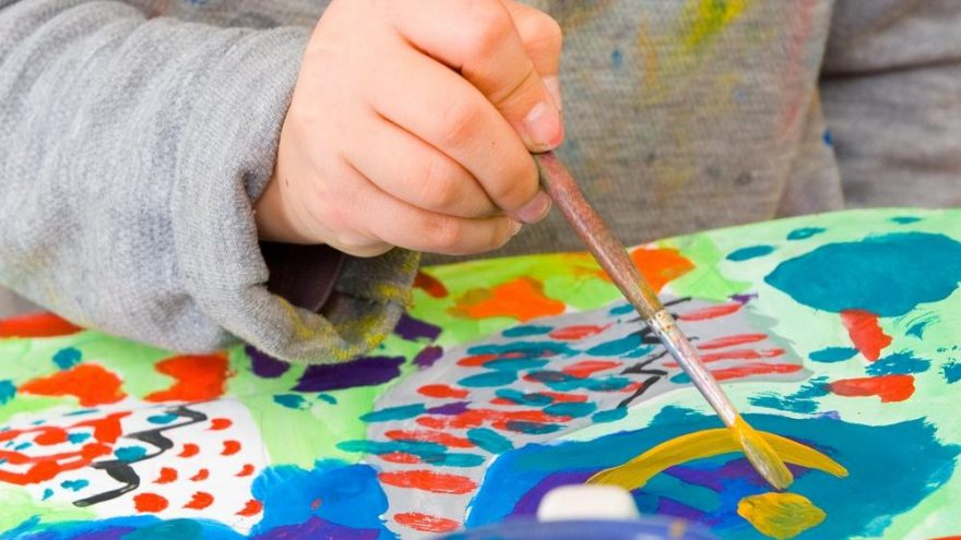 Çocuklara boyama nasıl öğretilir? Çocukların boyama yeteneği nasıl geliştirilir?