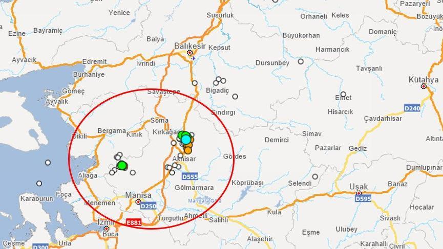 Son dakika deprem: Manisa'da korkutan deprem! İstanbul ve İzmir'de de hissedildi!
