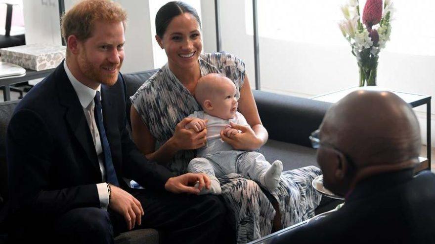 Prens Harry Kraliyet Ailesi için son görevlerini yerine getirip Kanada'ya ailesinin yanına gitti