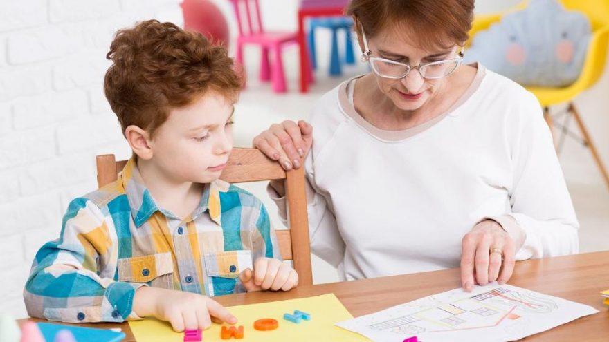 Çocuklarda zeka geriliği nasıl anlaşılır?