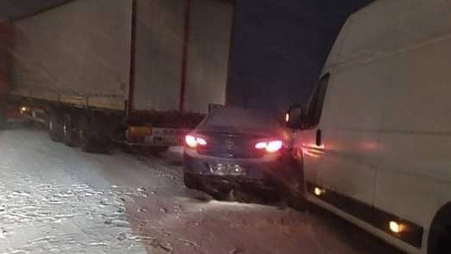 Kütahya'da zincirleme kaza: 4 yaralı!