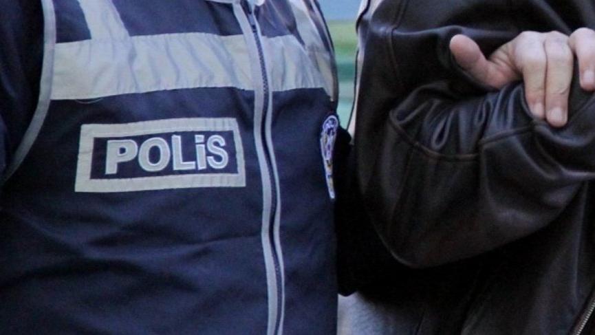 'Adın FETÖ'ye karıştı' deyip evdeki para ve altınları alan sahte polisler tutuklandı!