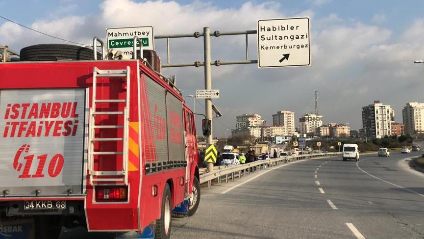 İstanbul'da feci kaza! Otomobil hurdaya döndü