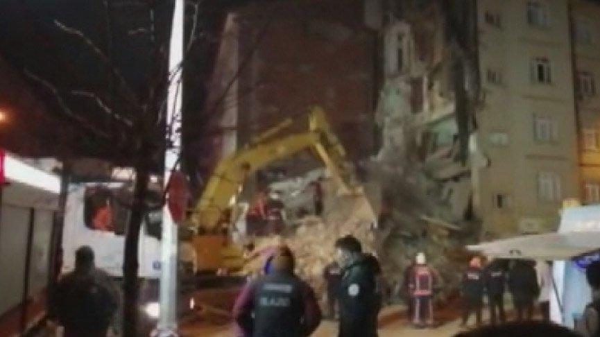 Elazığ depreminden 2 bina daha çöktü