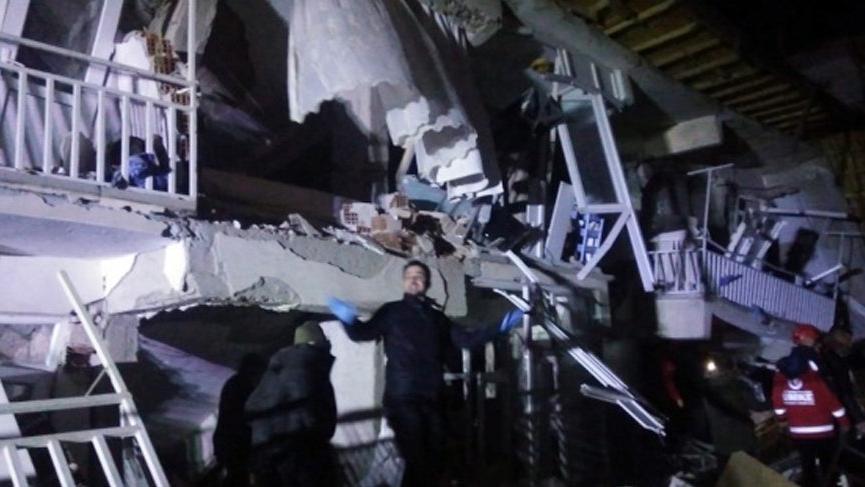 Deprem sonrası Elazığ Belediyesi'nden acil kan çağrısı!