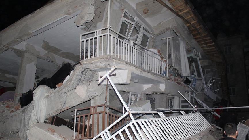 Elazığ depremi sonrası uzmanlardan uyarılar: Artçı çok daha büyük olabilir