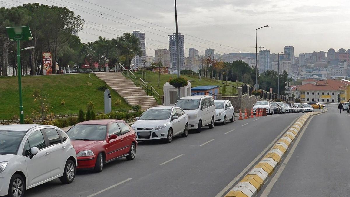 İlçe belediyelerinin yol üstü otoparkları yasa dışı