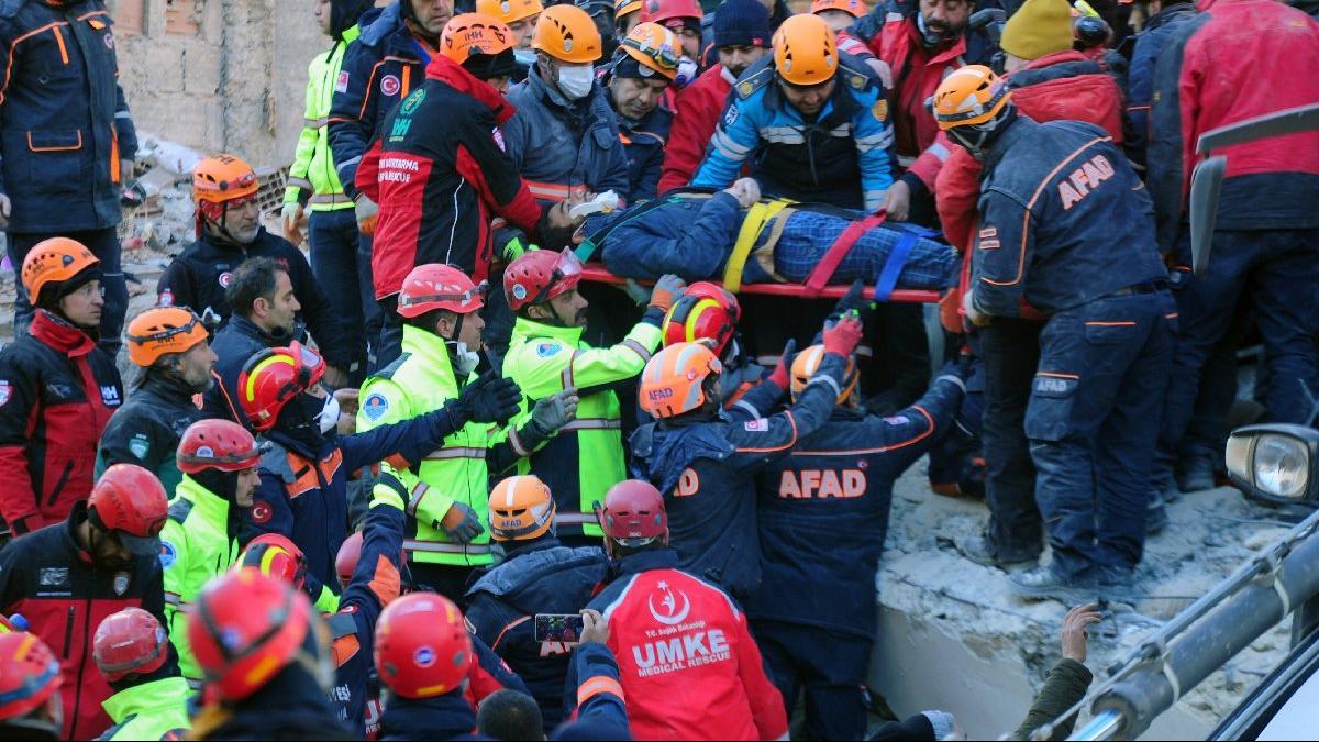 Son dakika… Elazığ depreminde hayatını kaybedenlerin isimleri belli oldu! Yaralı isimleri de açıklandı…