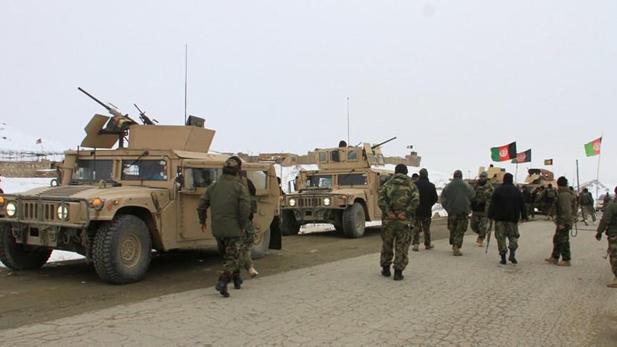 Afganistan'da düşen uçakla ilgili ABD ve Taliban'dan açıklama