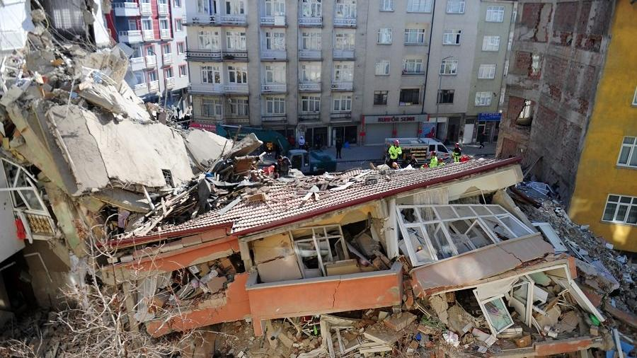 Son dakika... Elazığ depreminde ölü sayısı 40'a yükseldi