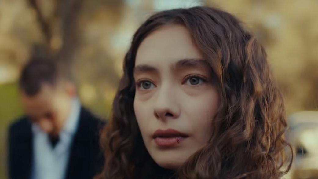 Sefirin Kızı oyuncu kadrosu: Sefirin Kızı dizisinin konusu nedir?