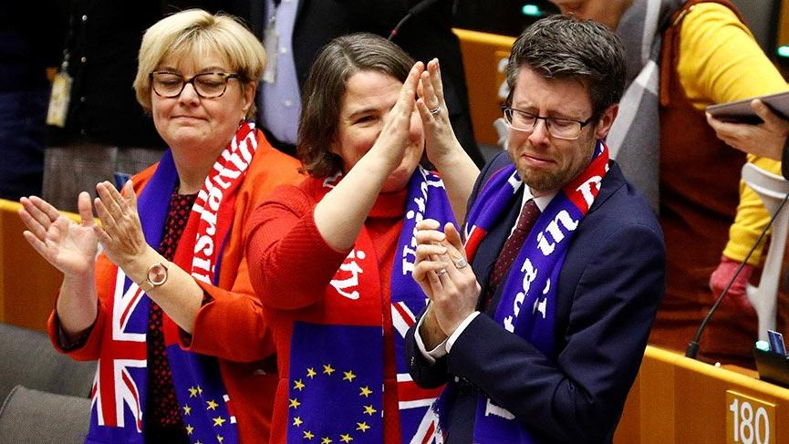 Son dakika… Avrupa Parlamentosu Brexit'i onayladı!