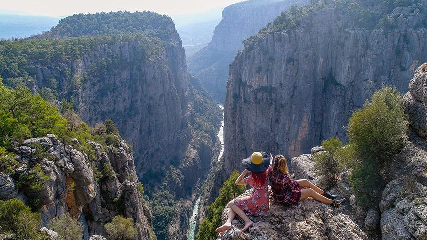 Tazı Kanyonu, yaz- kış tatilci ağırlıyor