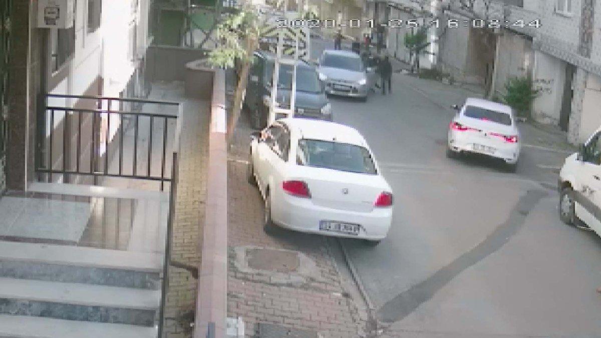İstanbul'da sokak ortasında akılalmaz görüntü